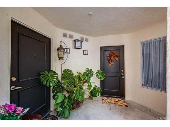 Condominium, Contemporary - Orange, CA (photo 4)