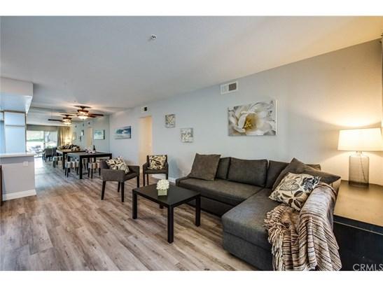 Condominium, Contemporary - Orange, CA (photo 5)