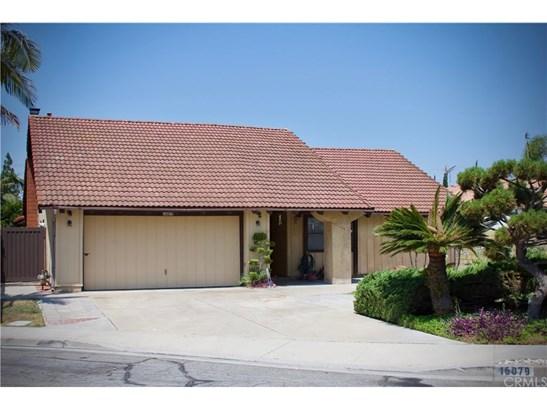 Single Family Residence, Contemporary - Fountain Valley, CA