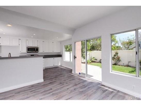 Mediterranean, Single Family Residence - Irvine, CA (photo 5)