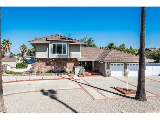 Single Family Residence, Contemporary - Corona, CA (photo 3)