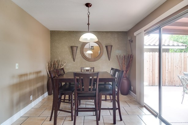 Single Family Residence - Colton, CA (photo 3)