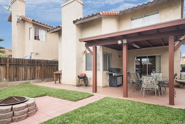 Single Family Residence - Colton, CA (photo 4)