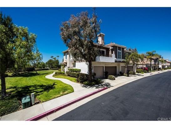 Condominium - Anaheim Hills, CA (photo 3)
