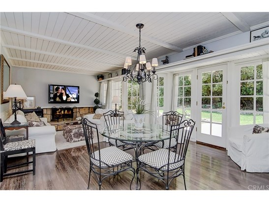 Colonial,Traditional, Single Family Residence - Mission Viejo, CA (photo 2)