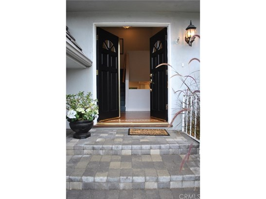 Single Family Residence, Custom Built,French - Santa Ana, CA (photo 4)