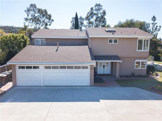 Single Family Residence, Traditional - Anaheim Hills, CA (photo 2)