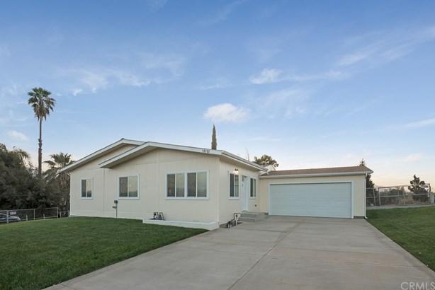 Single Family Residence, Cottage - Corona, CA (photo 3)