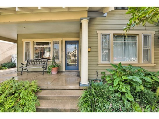 Bungalow,Craftsman,Custom Built, Single Family Residence - Santa Ana, CA (photo 2)