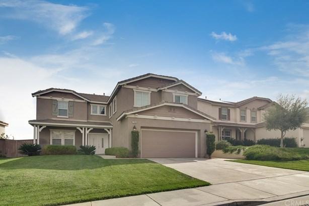 Single Family Residence - Corona, CA (photo 1)
