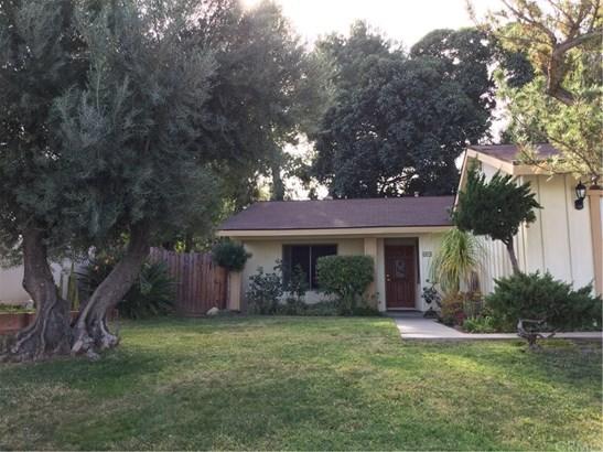 Single Family Residence, Traditional - Corona, CA (photo 1)
