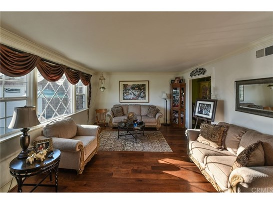 Single Family Residence, Ranch - Orange, CA (photo 2)
