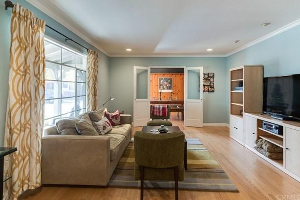 Single Family Residence, Custom Built,Ranch - Santa Ana, CA (photo 2)