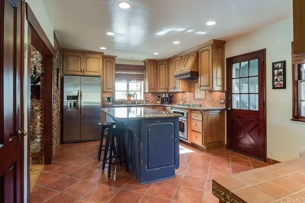 Single Family Residence, Custom Built,Ranch - Santa Ana, CA (photo 4)