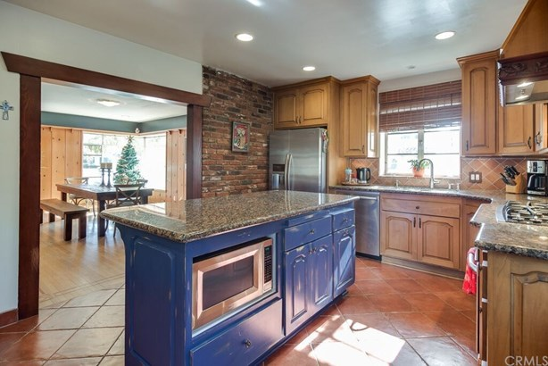 Single Family Residence, Custom Built,Ranch - Santa Ana, CA (photo 5)