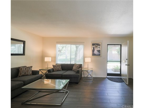 Townhouse, Traditional - Stanton, CA (photo 3)