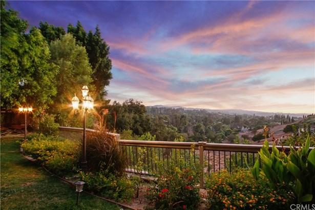 Single Family Residence, Custom Built - Anaheim Hills, CA