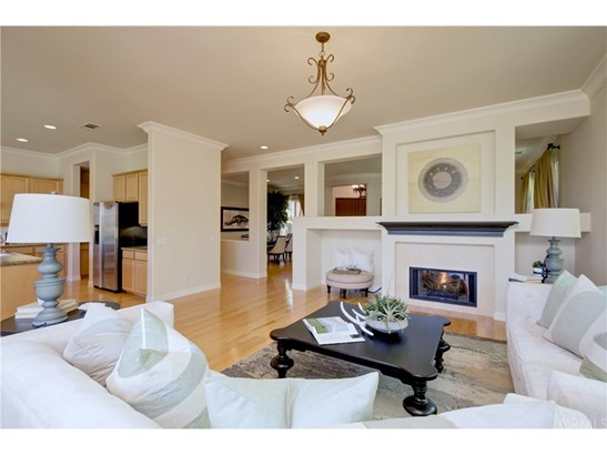Single Family Residence, Traditional - West Covina, CA (photo 5)