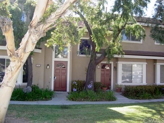 Condominium, Traditional - Irvine, CA (photo 1)