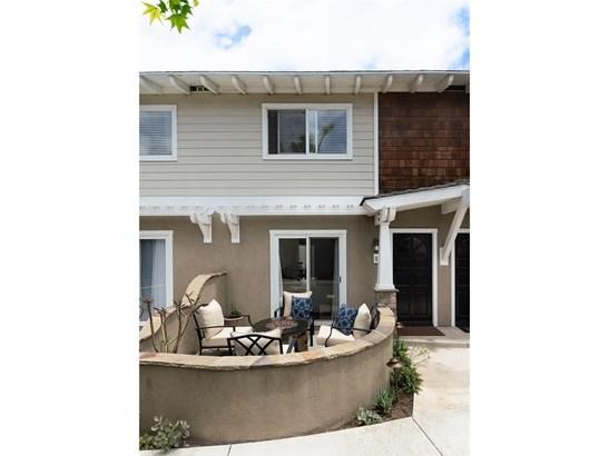 Townhouse, Bungalow - Costa Mesa, CA (photo 1)