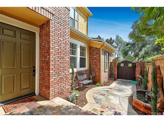 Single Family Residence - Irvine, CA (photo 4)