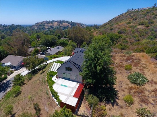 Single Family Residence, Contemporary - North Tustin, CA (photo 2)