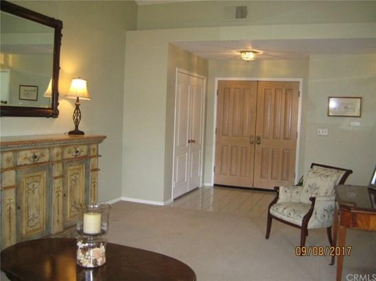Single Family Residence - Yorba Linda, CA (photo 4)