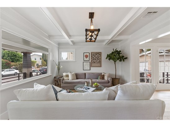 Bungalow,Craftsman, Single Family Residence - Los Angeles, CA (photo 1)