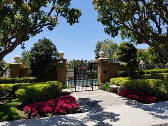 Mediterranean, Condominium - Newport Coast, CA (photo 2)