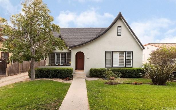 Single Family Residence, Custom Built,Tudor - Santa Ana, CA