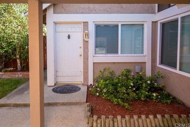 Condominium, Traditional - Chino, CA (photo 1)