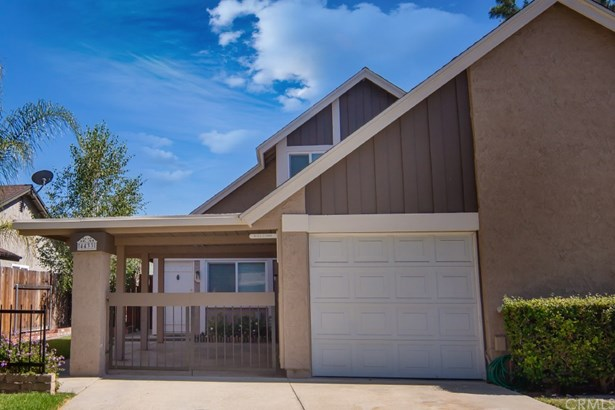 Townhouse, Traditional - Chino, CA (photo 3)