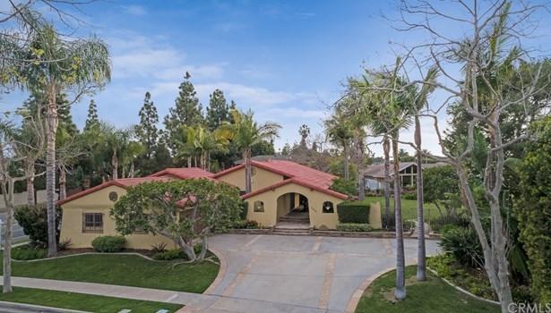 Single Family Residence, Mediterranean,Ranch,Spanish - Costa Mesa, CA (photo 2)