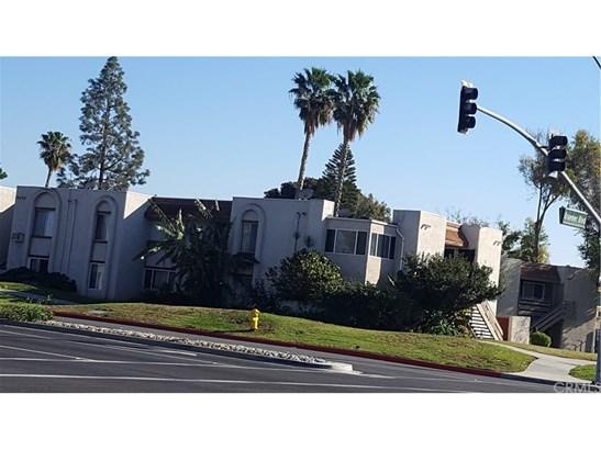 Condominium, Contemporary - Placentia, CA (photo 1)