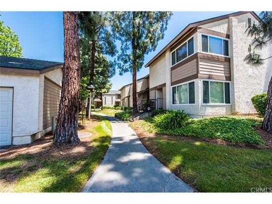 Condominium - La Habra, CA (photo 2)
