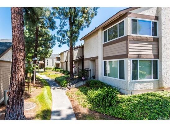 Condominium - La Habra, CA (photo 3)