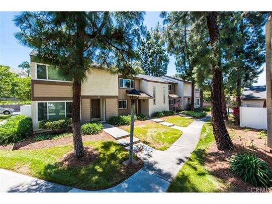 Condominium - La Habra, CA (photo 4)