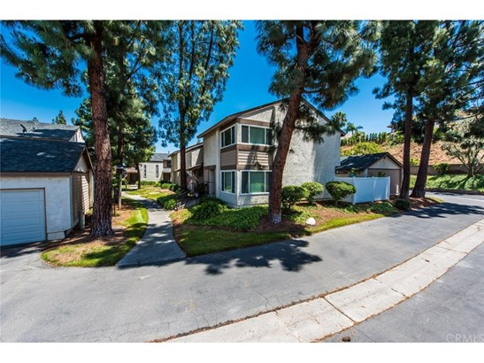 Condominium - La Habra, CA (photo 5)