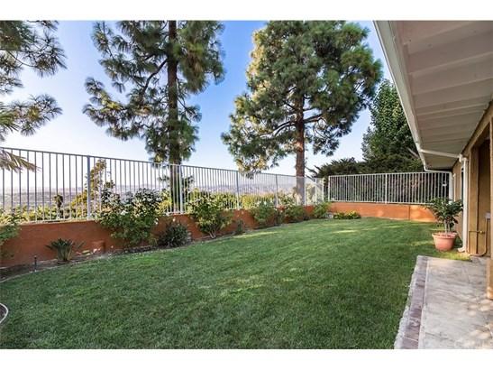 Single Family Residence, Contemporary - Anaheim Hills, CA (photo 3)