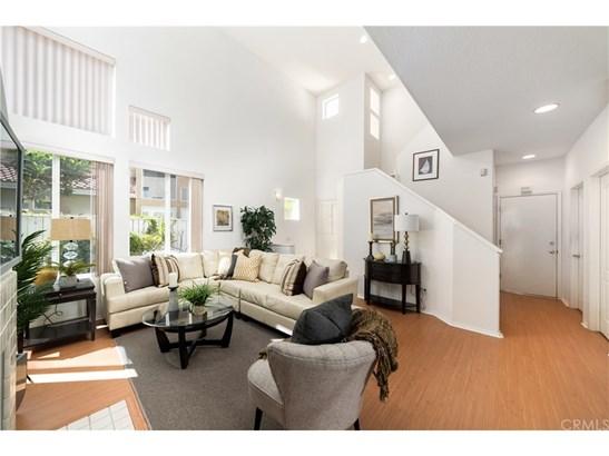 Single Family Residence, Traditional - Anaheim Hills, CA (photo 4)