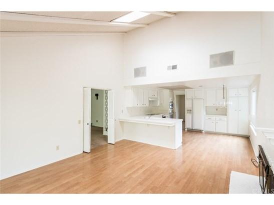 Single Family Residence - Anaheim Hills, CA (photo 4)