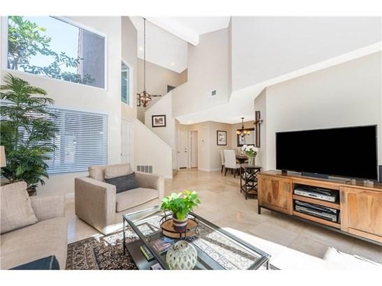 Single Family Residence, Spanish - Tustin, CA (photo 2)