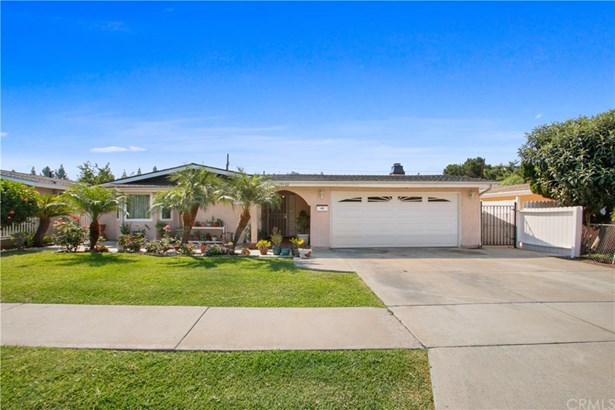 Single Family Residence - Orange, CA