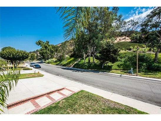 Single Family Residence, Contemporary - Anaheim Hills, CA (photo 5)