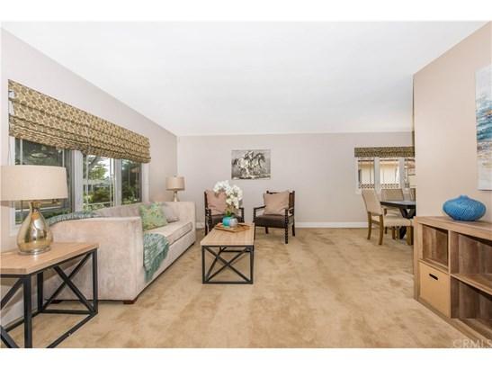 Single Family Residence - Santa Ana, CA (photo 4)