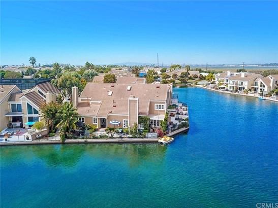Townhouse, Contemporary - Huntington Beach, CA
