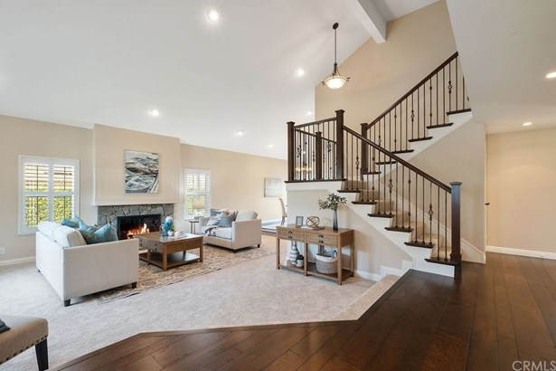 Contemporary,Mediterranean, Single Family Residence - Yorba Linda, CA
