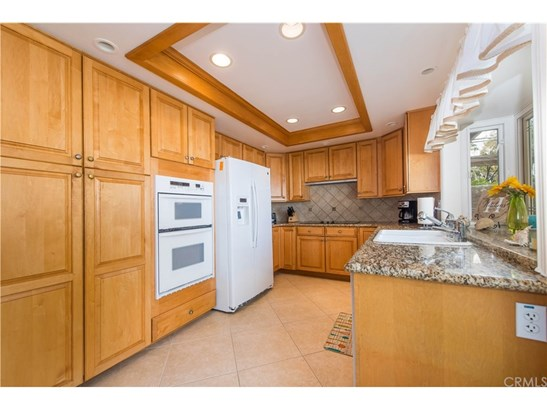 Single Family Residence - Lake Forest, CA (photo 4)