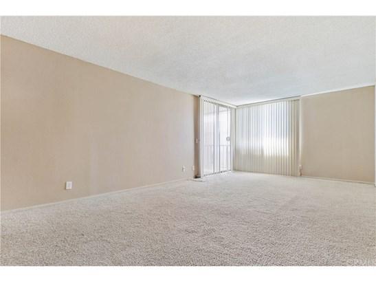 Condominium - Long Beach, CA (photo 5)