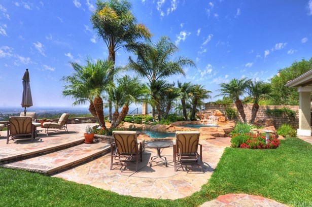 Mediterranean, Single Family Residence - Orange, CA (photo 4)